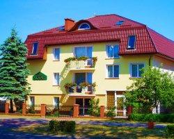 Villa Solar - pokoje i domek w Dąbkach