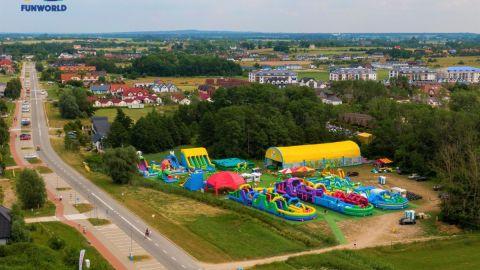 FunWorld - Dmuchany Park Rozrywki w Sarbinowie