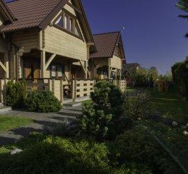 Domki, apartamenty, pokoje KRYSIA w Karwi
