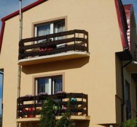 """Pensjonat """"Kolorowa"""" w Mielnie"""