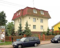 """Dom Wczasowy """"PINGWIN"""" w Pobierowie"""