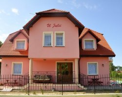 Dom Wczasowy U JULII w Rewalu