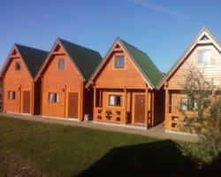 Drewniane domki letniskowe KAJA w Rewalu