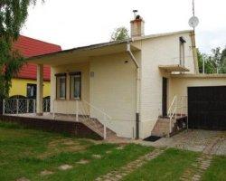 Domek piętrowy murowany - Bukowa 11