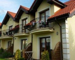 Noclegi - Villa Kora - pokoje i apartamenty w Rowach