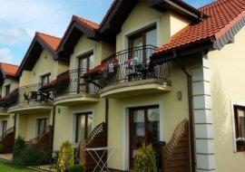 Villa Kora - pokoje i apartamenty w Rowach