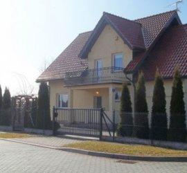 """Pokoje i domki """"U Danusi"""" w Sianożętach"""